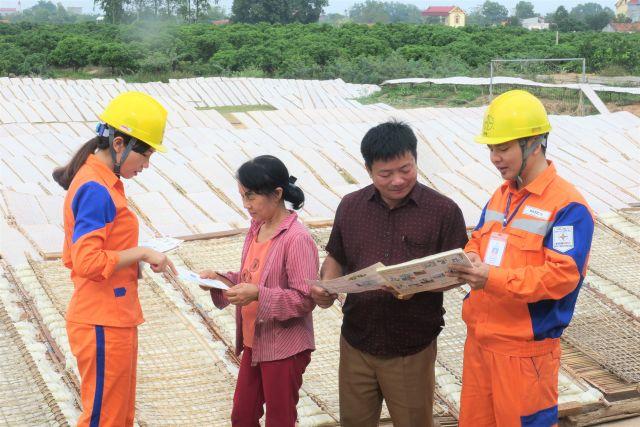 Công ty Điện lực Bắc Giang tuyên truyền, giáo dục, phổ biến và hướng dẫn nâng cao nhận thức của cộng đồng về TKNL