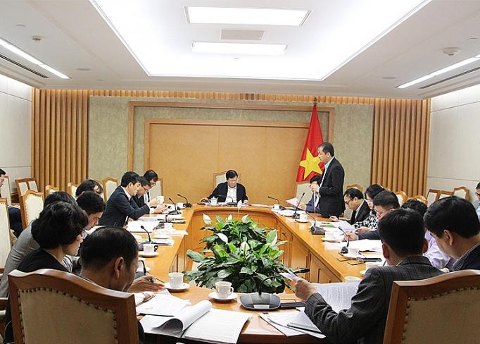 Phó Thủ tướng Trịnh Đình Dũng: Bộ Công Thương với trách nhiệm là cơ quan chủ trì cần đẩy mạnh các hoạt động hoàn thiện khung kế hoạch, hệ thống pháp lý và phối hợp với các Bộ, ngành, địa phương từng bước đẩy mạnh tiết kiệm năng lượng trong tất cả các ngành, lĩnh vực